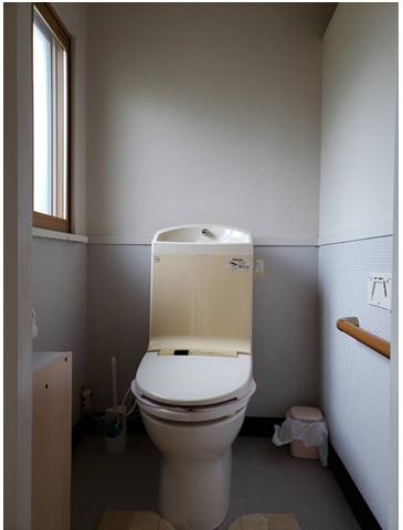 おそうじしやすく幸せ色のトイレ